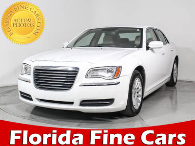 Used CHRYSLER 300 2013 HOLLYWOOD TOURING