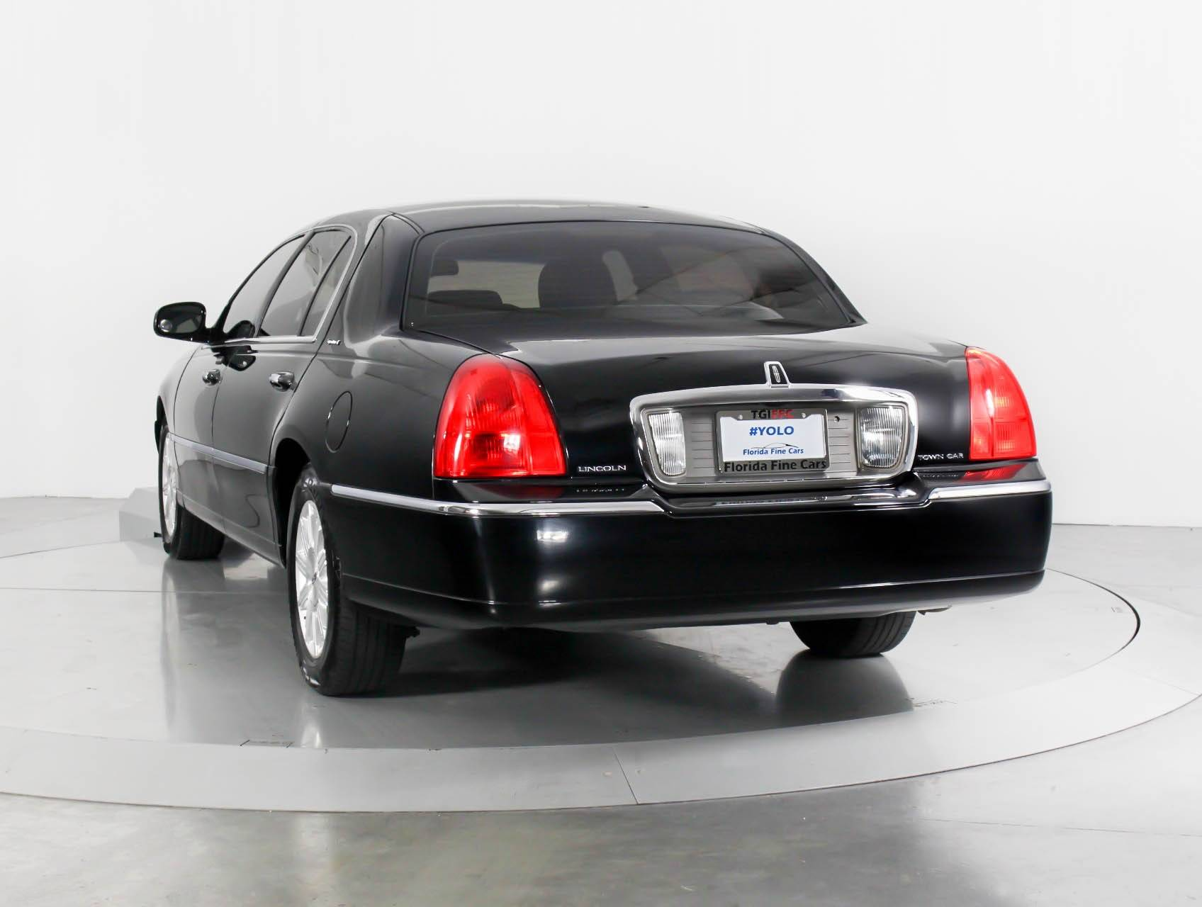 Used 2011 Lincoln Town Car Signature L Sedan For Sale In West Palm