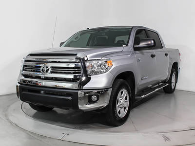 Used TOYOTA TUNDRA 2017 WEST PALM Sr5 Crewmax