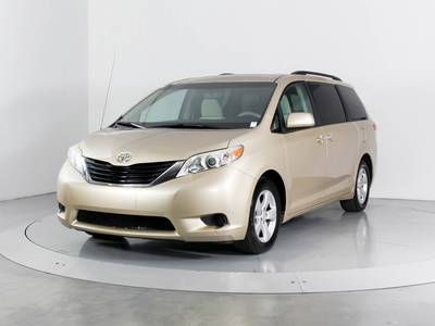 Used TOYOTA SIENNA 2012 WEST PALM Le