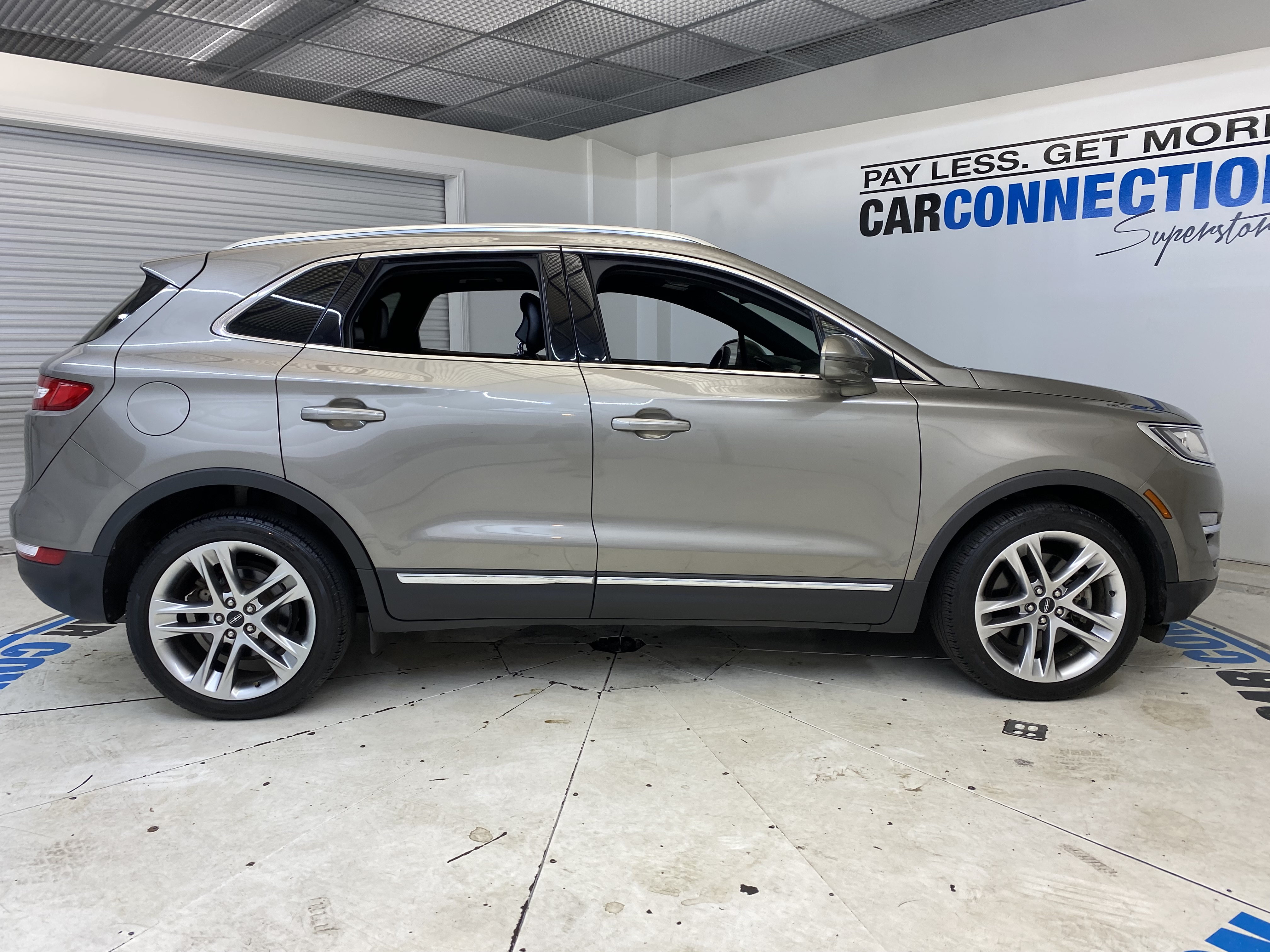 Car Connection Superstore - Used vehicle - SUV LINCOLN MKC 2017