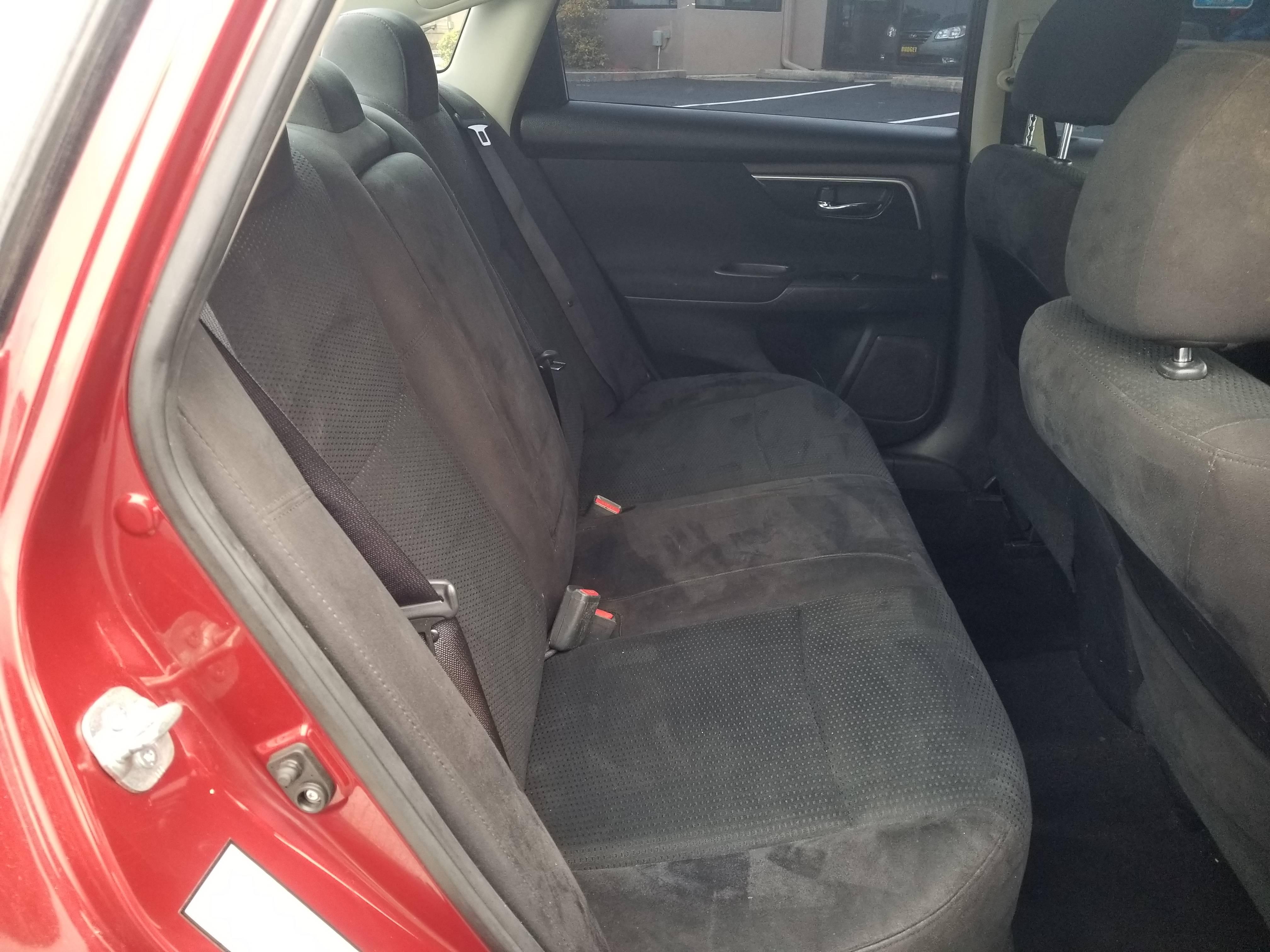 used vehicle - Sedan Nissan Altima 2014