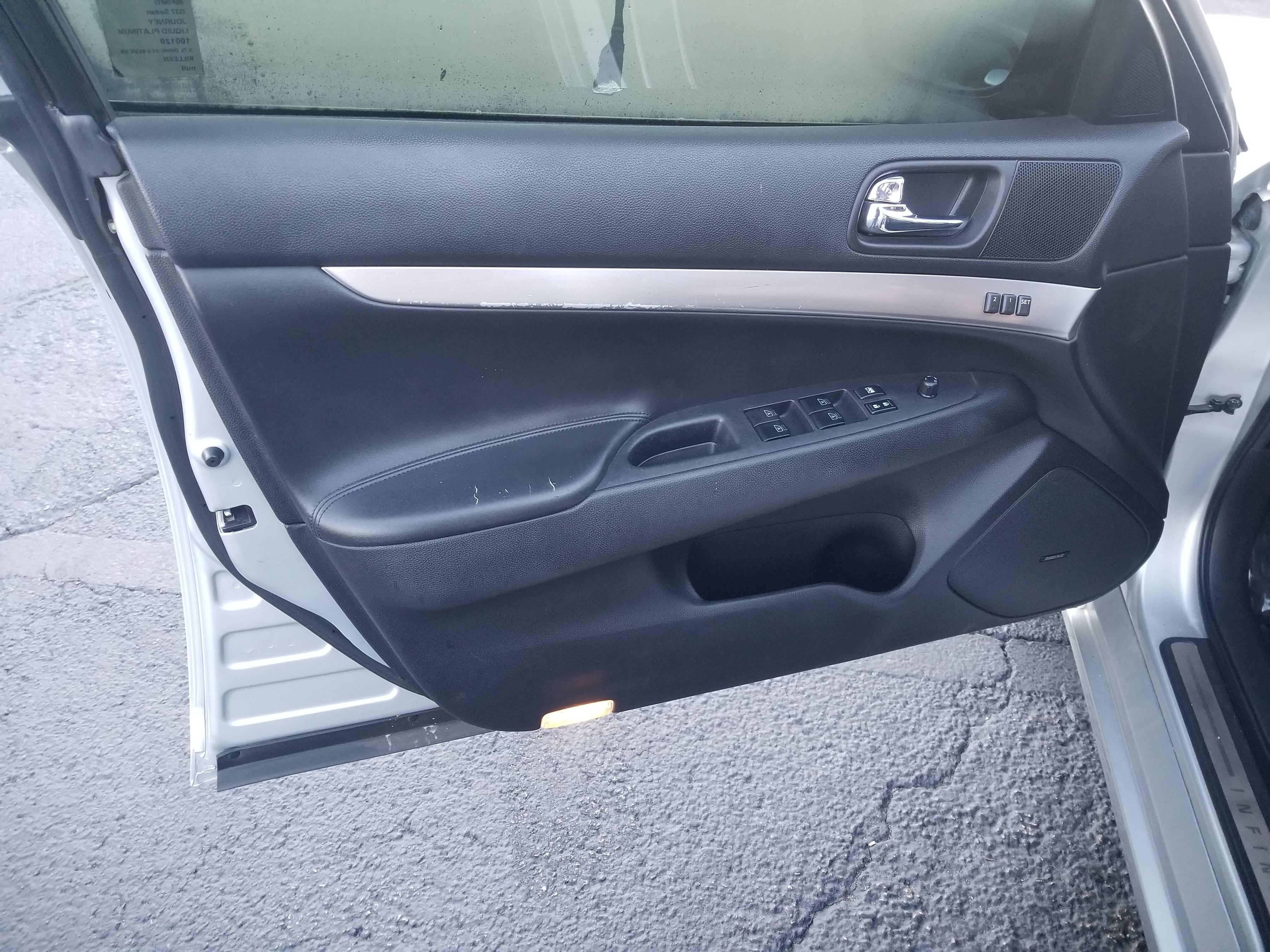used vehicle - Sedan INFINITI G37 2011