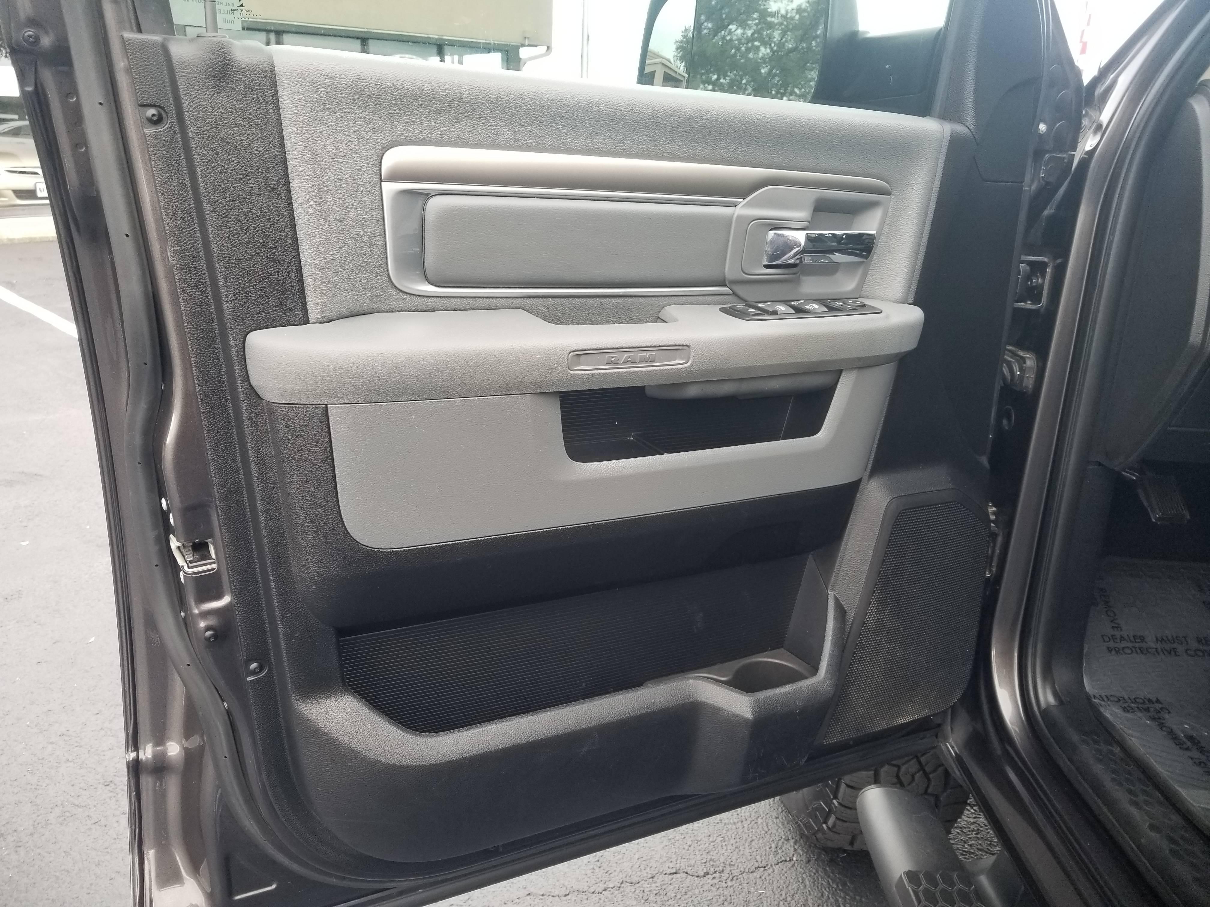 used vehicle - Truck RAM 2500 2016