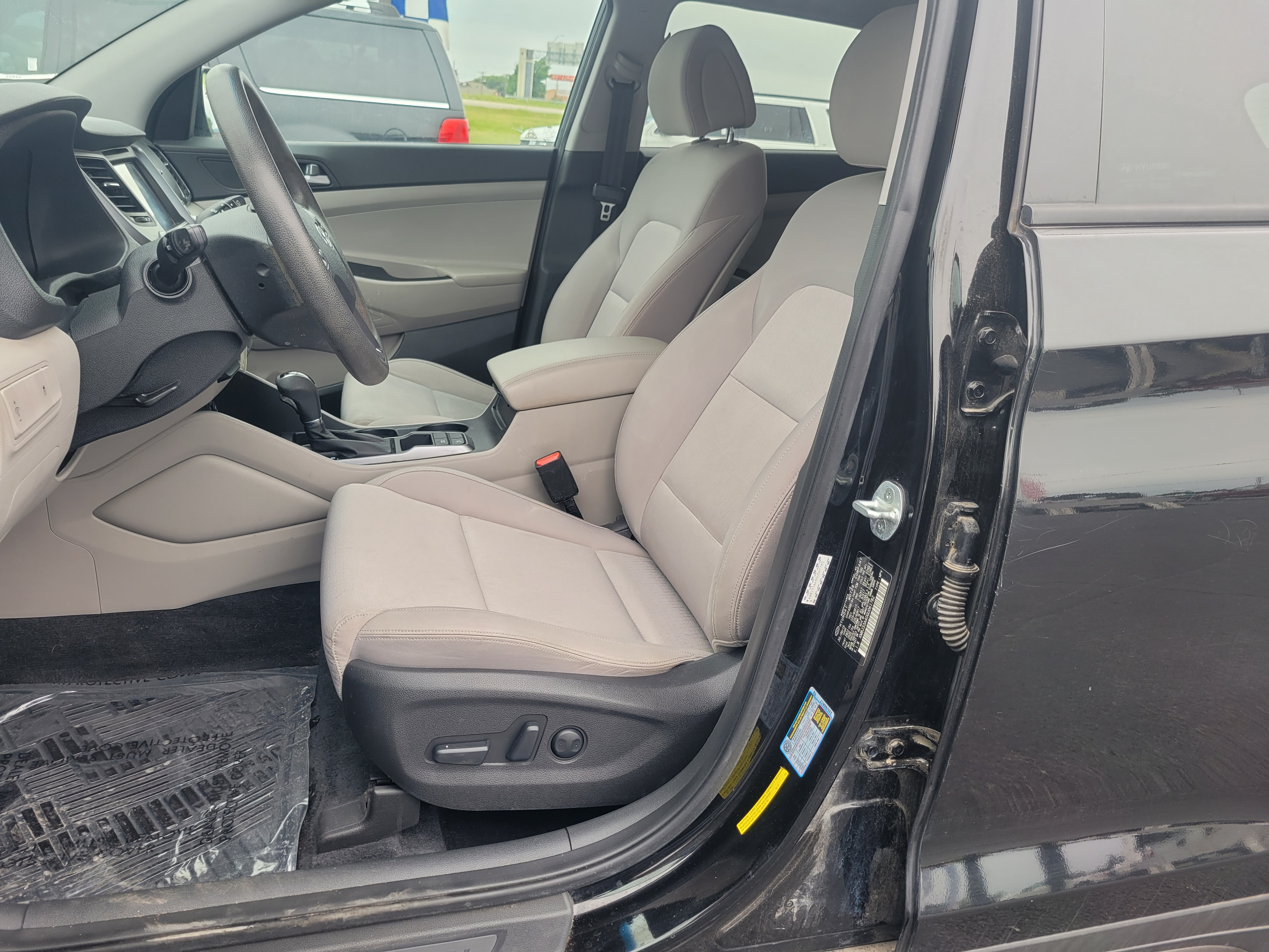 used vehicle - SUV HYUNDAI TUCSON 2016