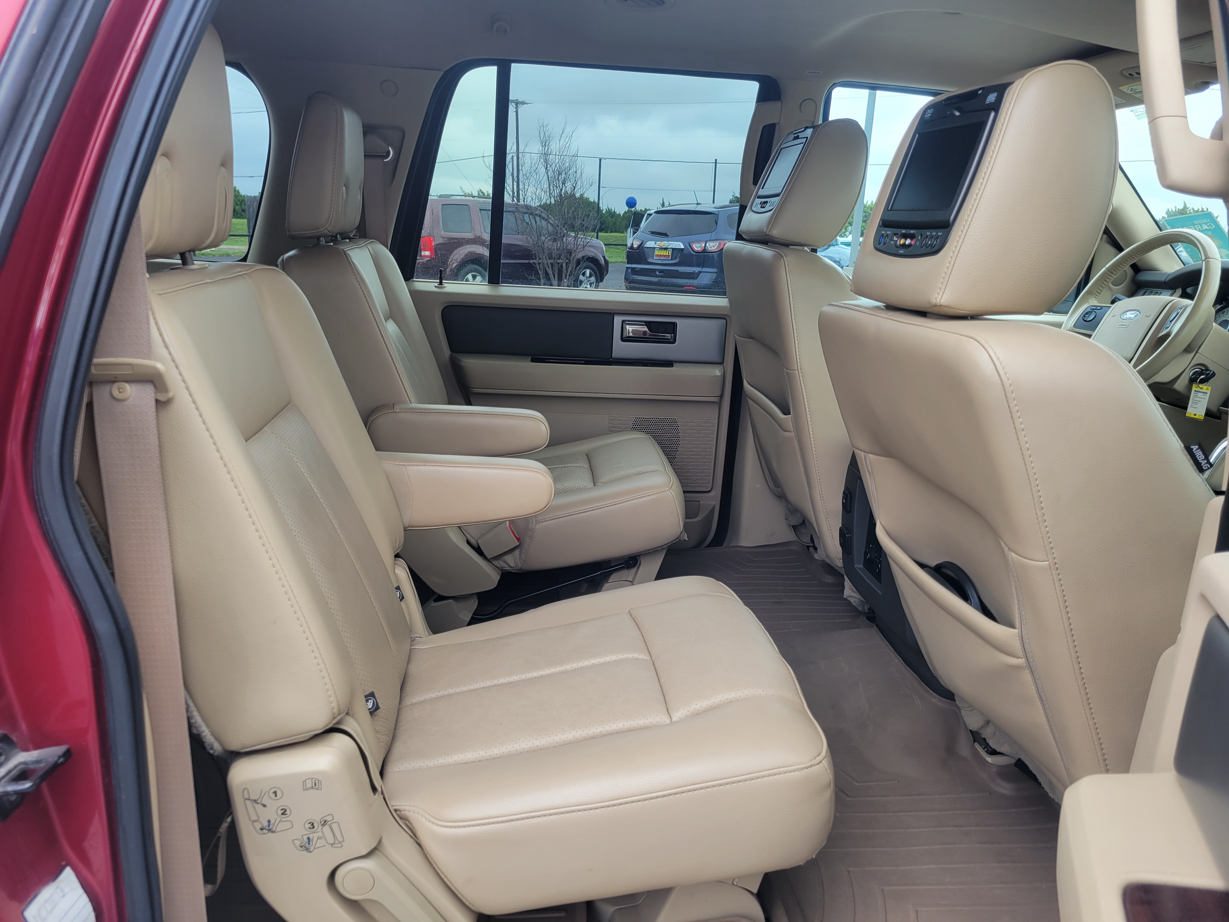 used vehicle - SUV FORD EXPEDITION EL 2014