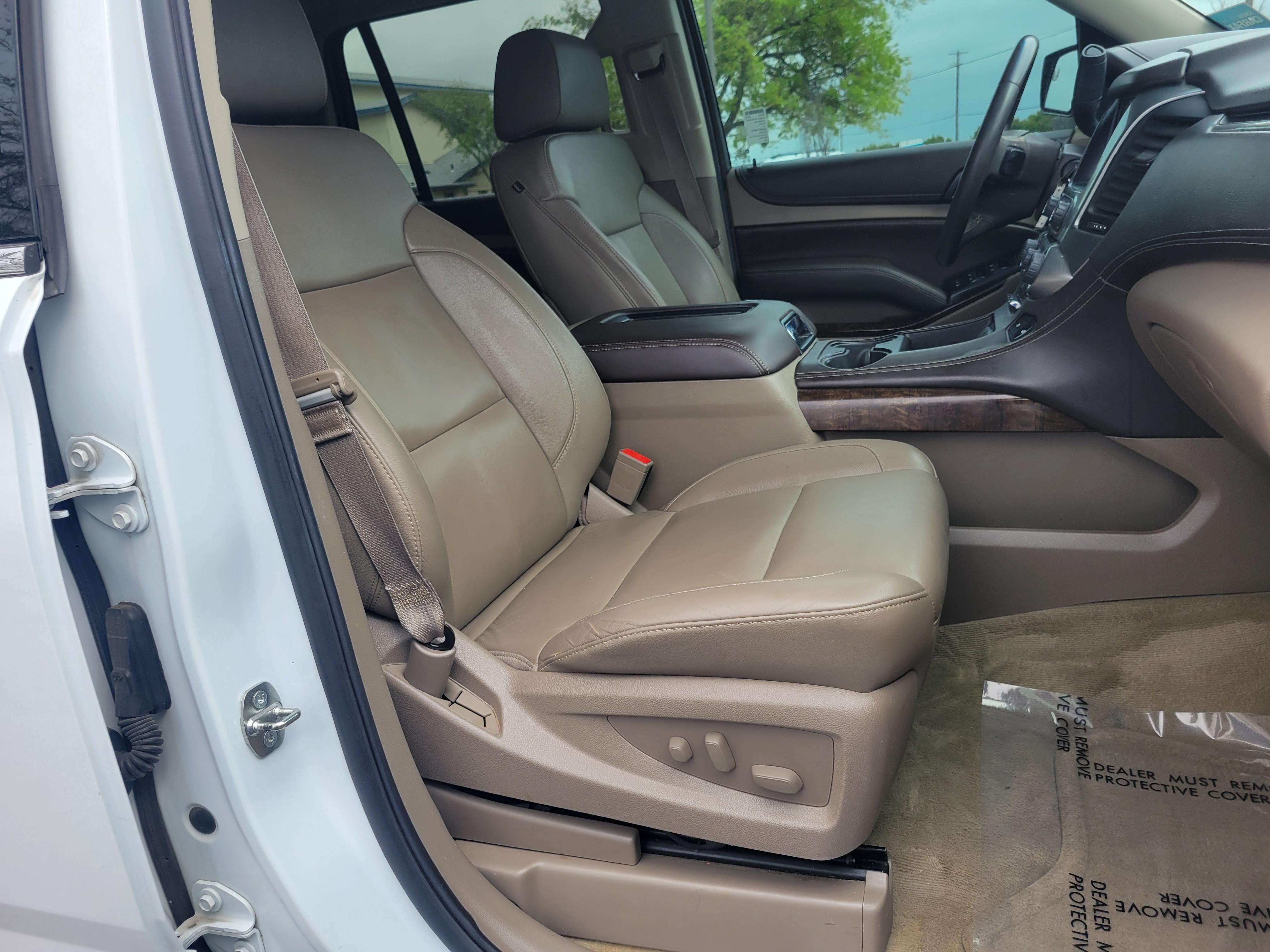 used vehicle - SUV CHEVROLET TAHOE 2015