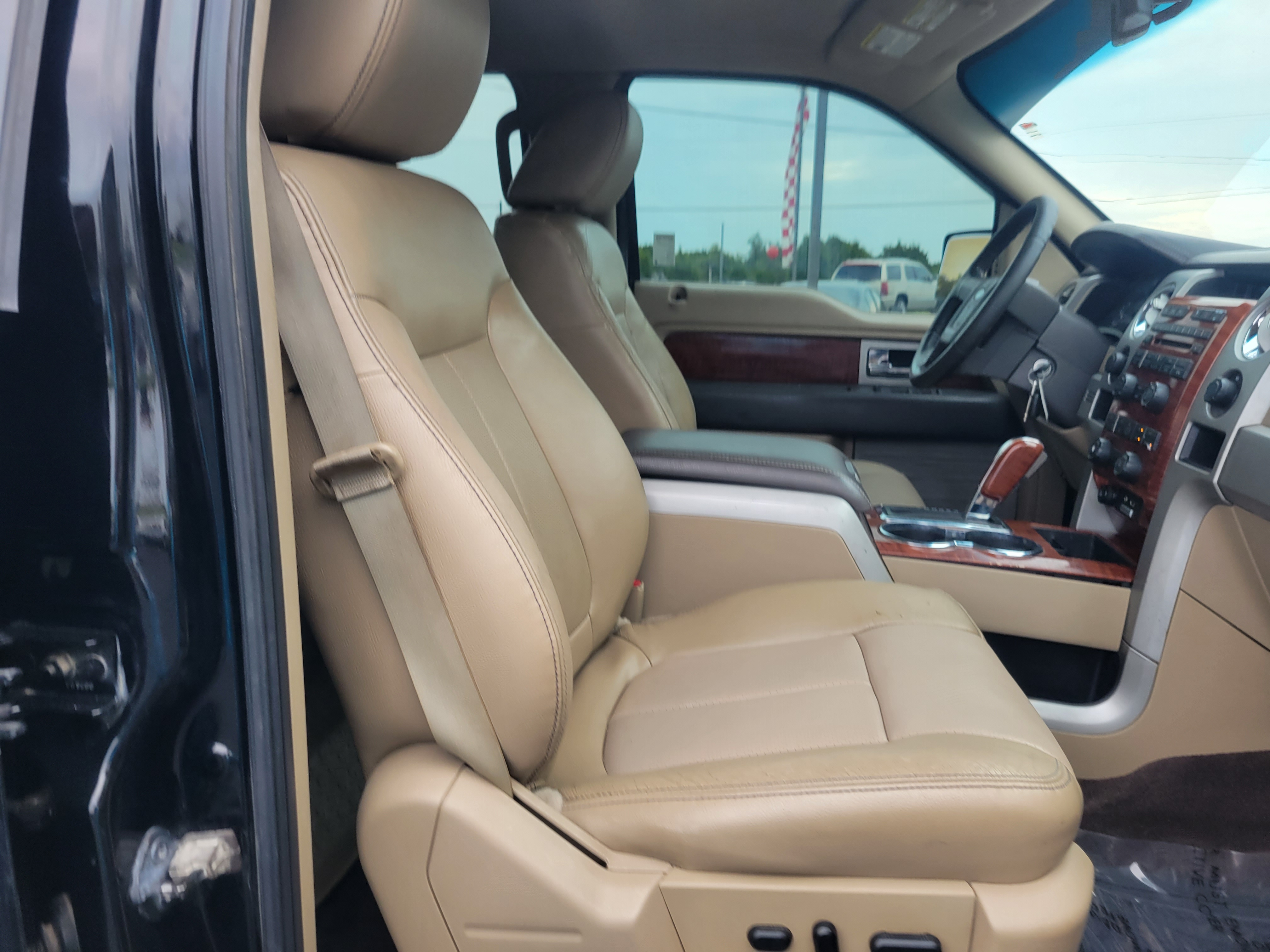 used vehicle - Truck FORD F-150 2009
