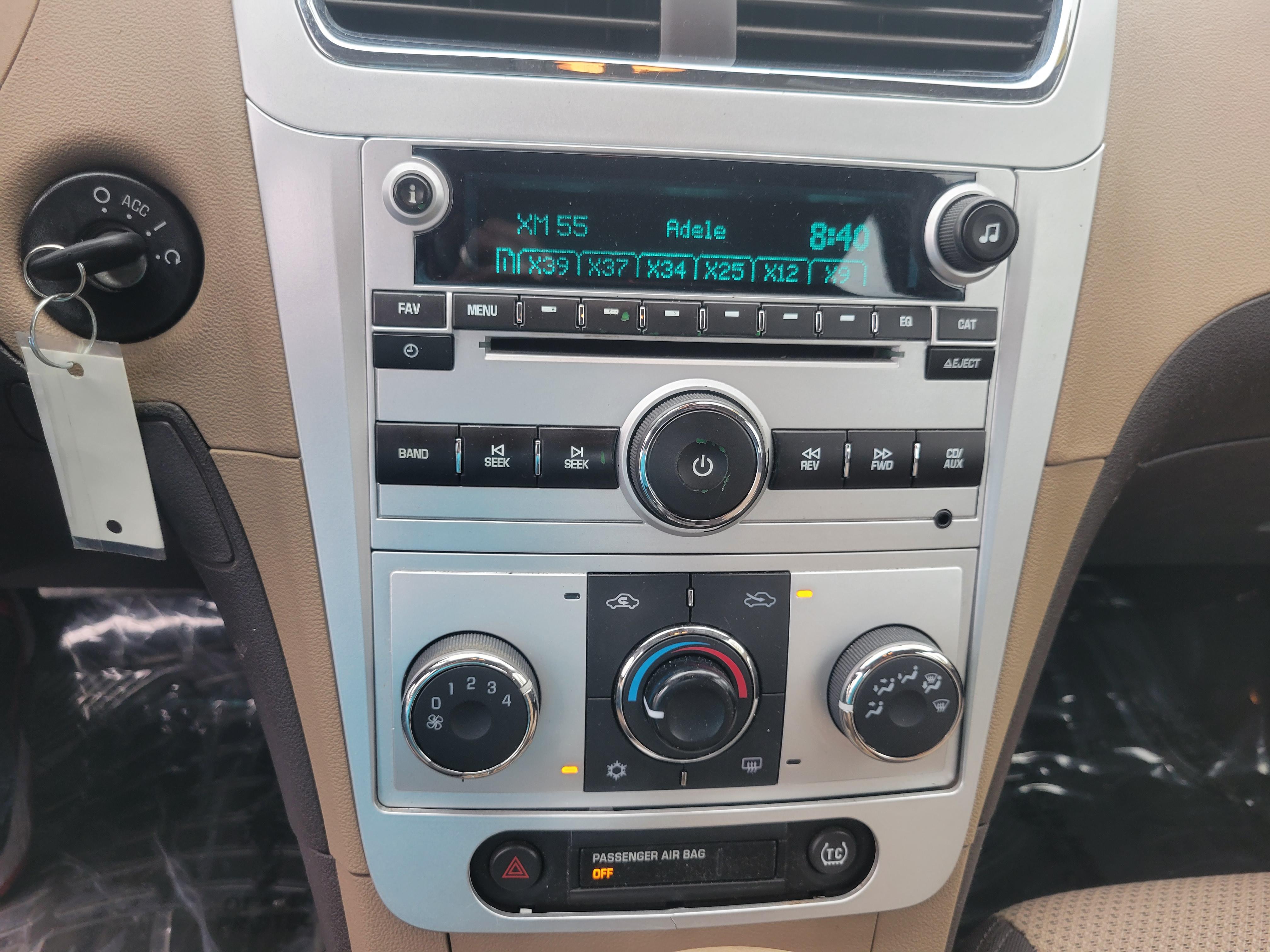 used vehicle - Sedan CHEVROLET MALIBU 2010